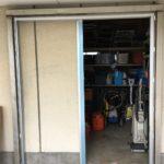 愛知県の工場にて、上吊りハンガードア取替工事を行いました。【窓香房】