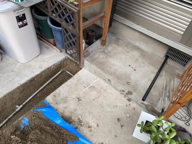 愛知県名古屋市中川区の戸建住宅にて、水道管水漏れ工事を行いました。【窓香房】