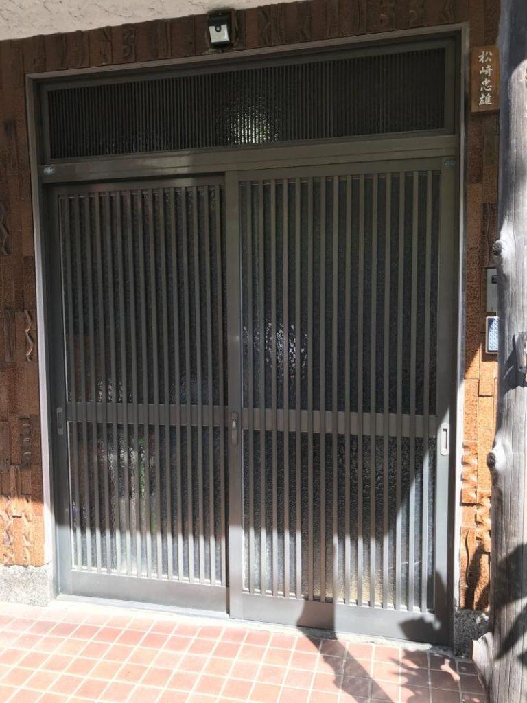 戸建住宅の玄関引戸取替工事を行いました。(リシェント玄関引戸2 SG仕様)【窓香房】