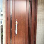 愛知県の戸建住宅にて、玄関ドア取替工事を行いました。(LIXILリシェント断熱仕様k4)