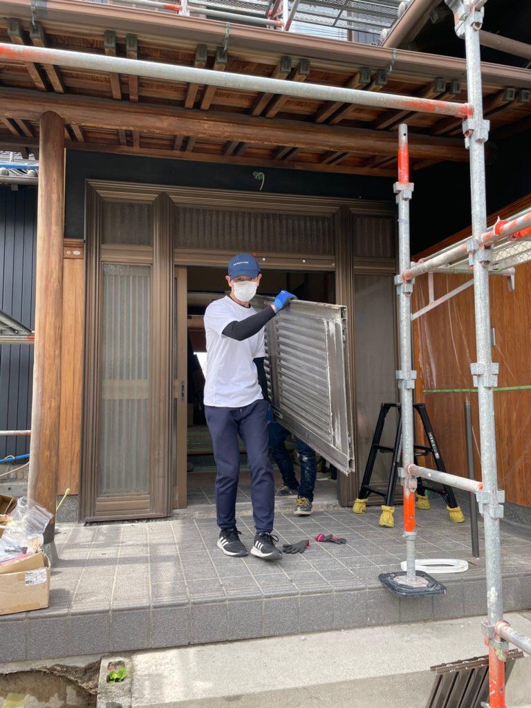 愛知県東海市の戸建住宅にて、玄関引戸取替工事を行いました。(YKK ドアリモ)【窓香房】