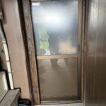 愛知県北名古屋市の戸建住宅にて、雨戸サッシ、勝手口引戸、浴室折戸の取替工事を行いました。(YKK,LIXIL)【窓香房】