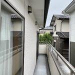 愛知県大府市の戸建住宅にて、バルコニーにサンルーム設置工事を行いました。(LIXIL サニージュ)【窓香房】