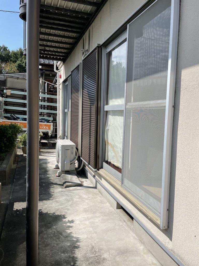 愛知県大府市あります戸建住宅にて、雨戸取替工事を行いました。(LIXIL 雨戸)【窓香房】